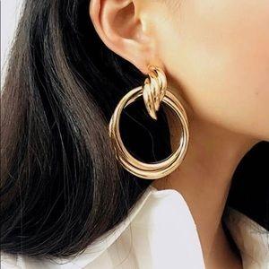 Earrings alloy
